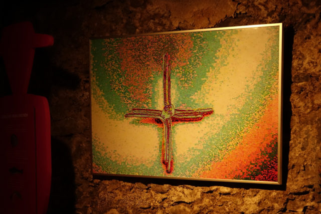Digitale Fotografiebearbeitung in Kreuzform der Innsbrucker Künstlerin Claudia Gold